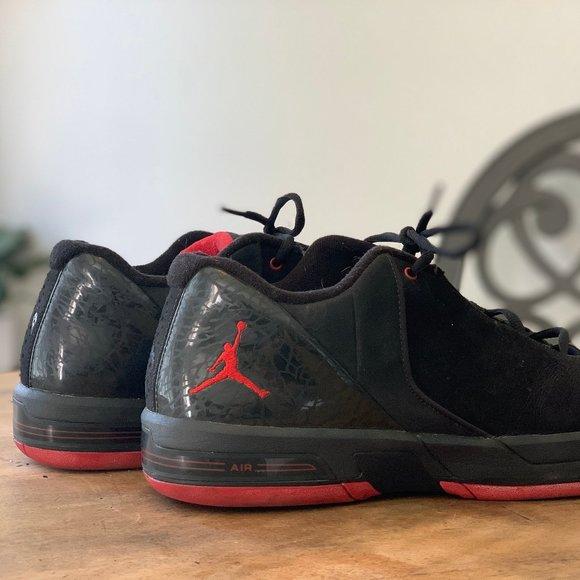 Nike Shoes | Rare Jordan Te 3 Low